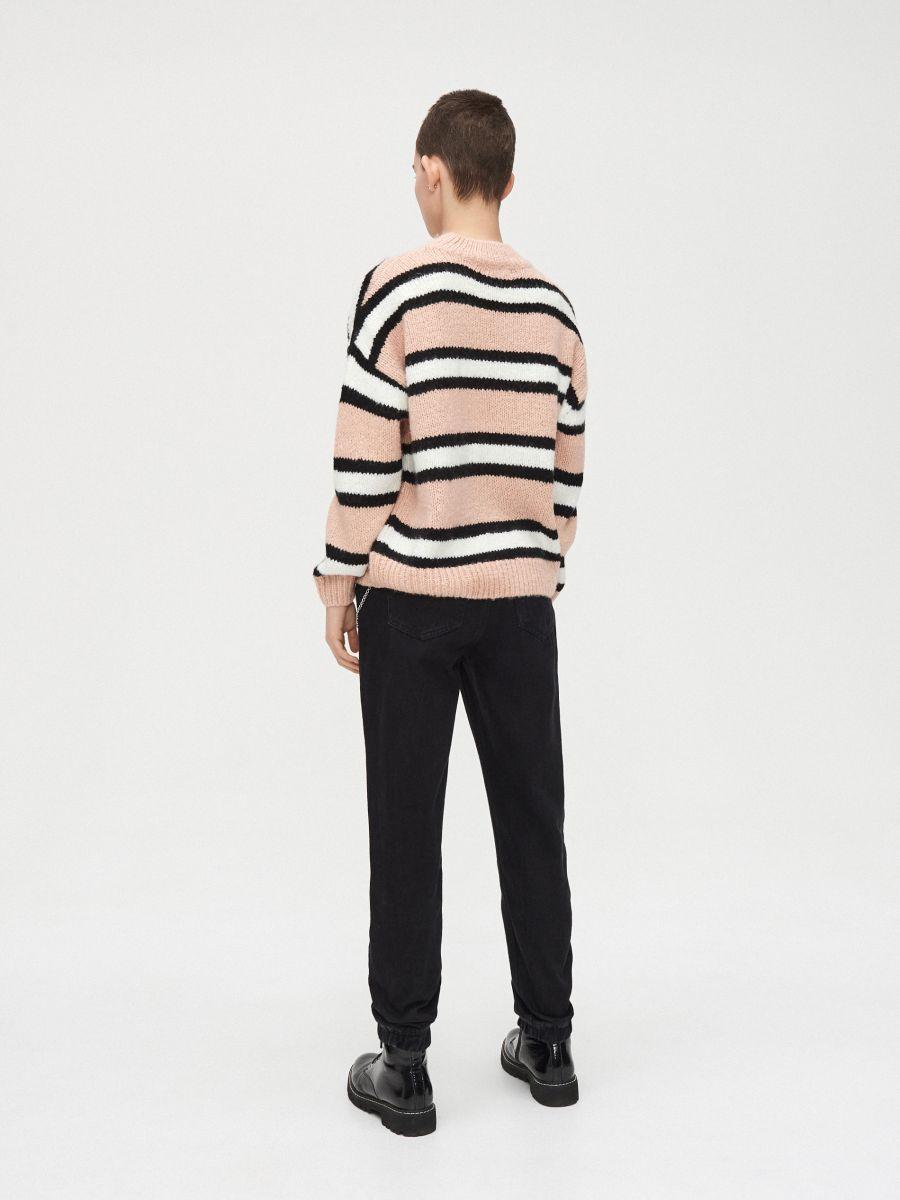 Gruby sweter oversize - RÓŻOWY - WR730-03X - Cropp - 4