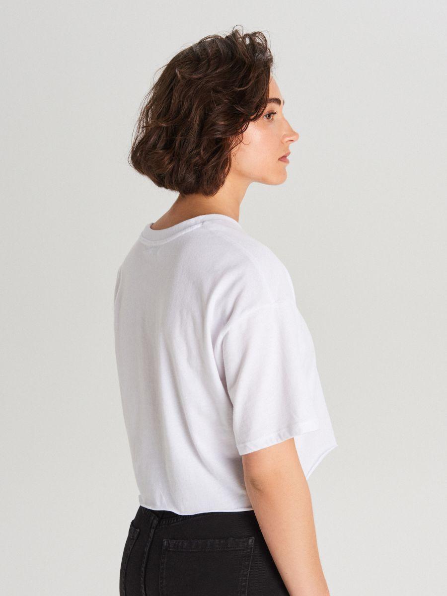 Krótka koszulka oversize - BIAŁY - WV254-00X - Cropp - 4