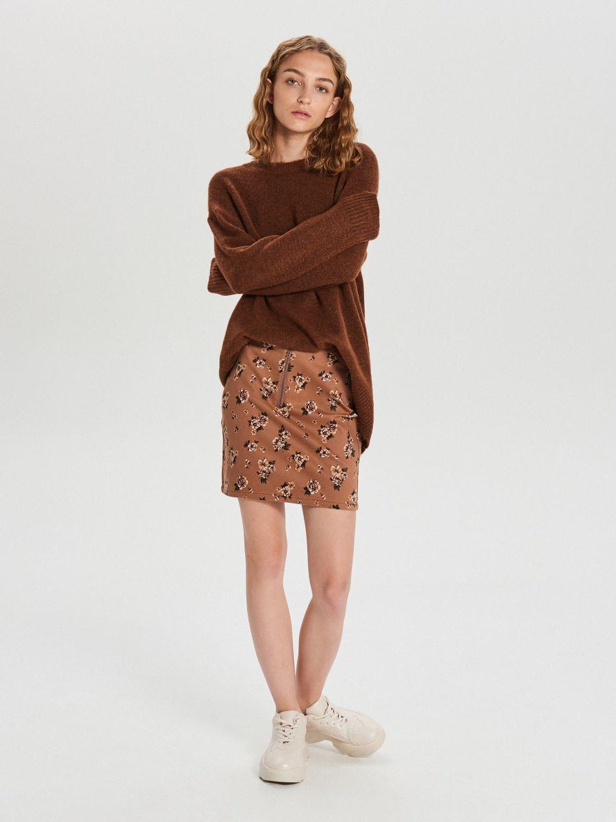 Gładki sweter oversize - BORDOWY - XB291-88M - Cropp - 1