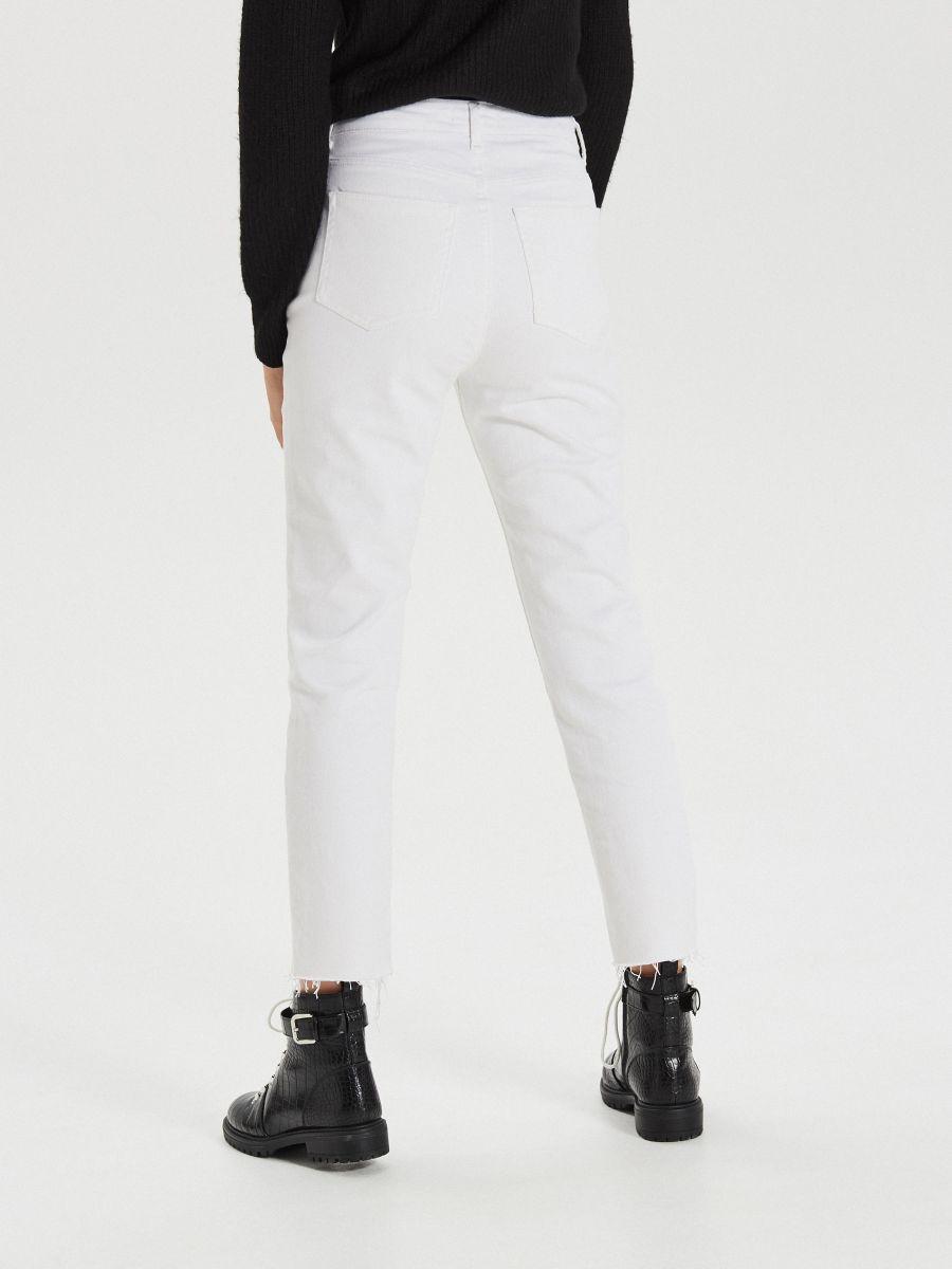 Białe jeansy straight - BIAŁY - XD947-00J - Cropp - 4