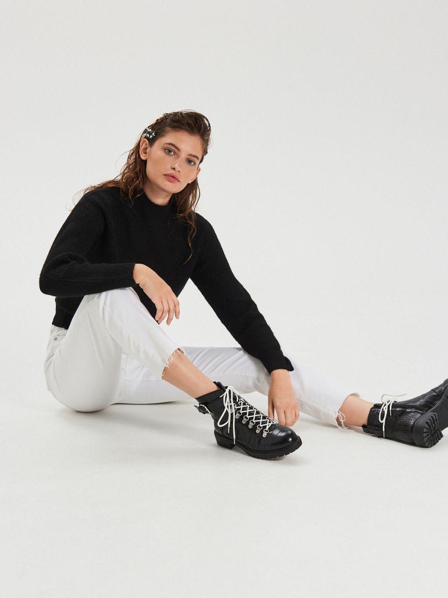 Białe jeansy straight - BIAŁY - XD947-00J - Cropp - 5