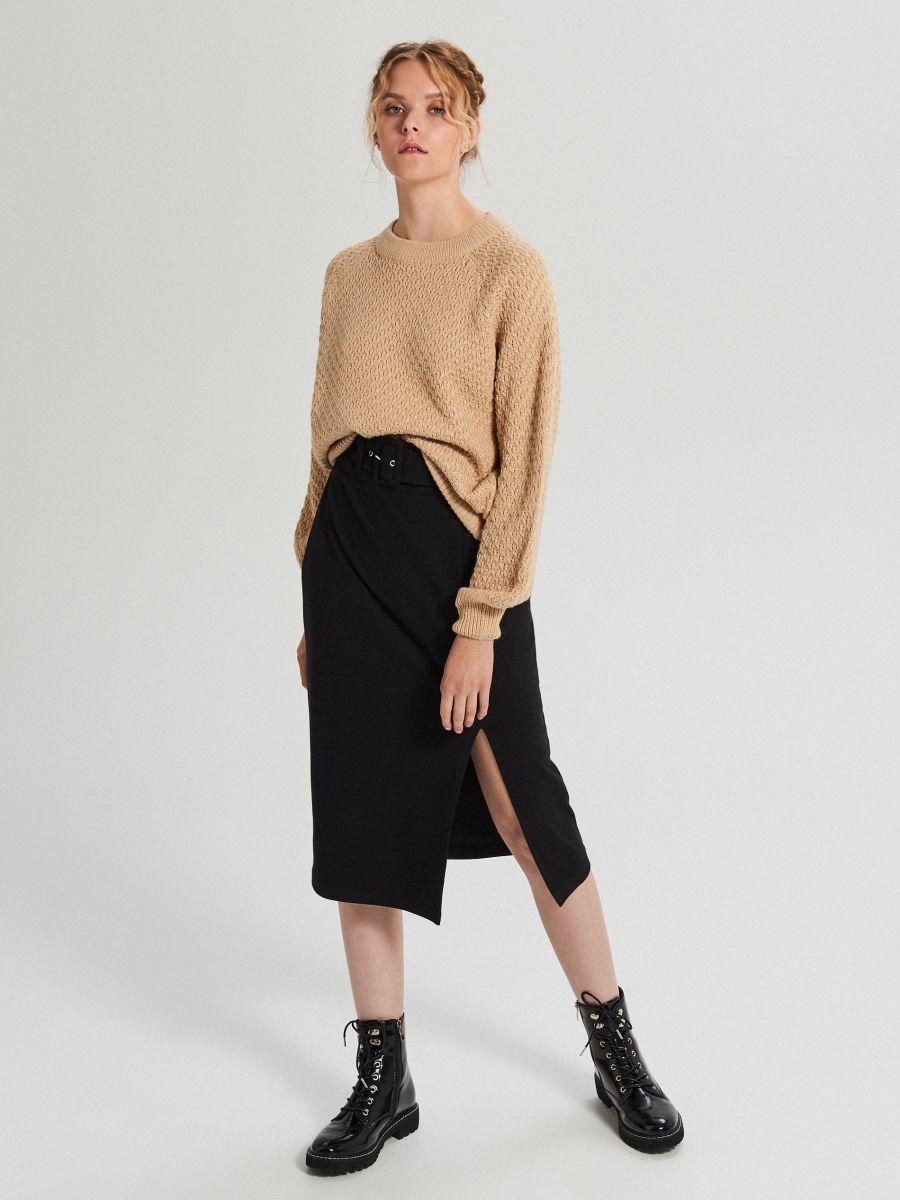 Sweter z ozdobnym splotem - BEŻOWY - XG556-08X - Cropp - 1