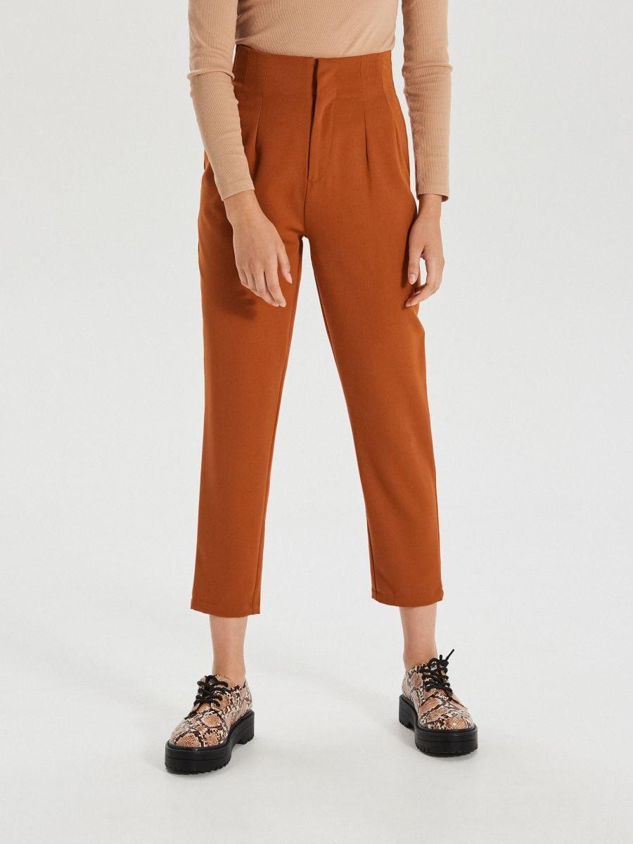 Materiałowe spodnie high waist - BRĄZOWY - XK974-88X - Cropp - 2