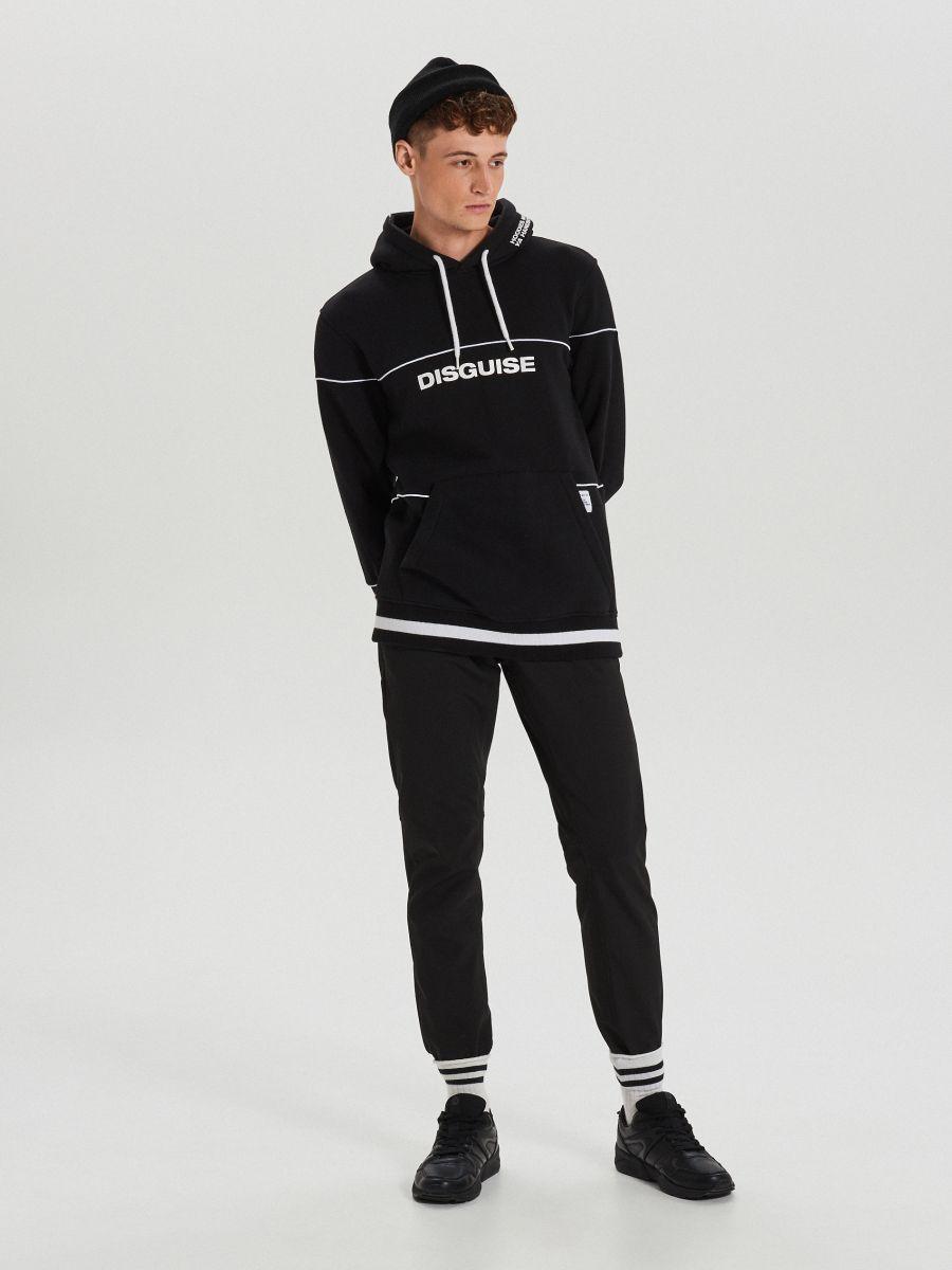 Bluza z kontrastowymi nadrukami - CZARNY - XS655-99X - Cropp - 2
