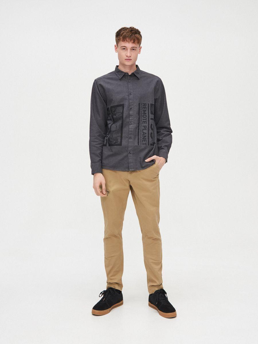 Koszula comfort melanż - SZARY - XX222-90M - Cropp - 2