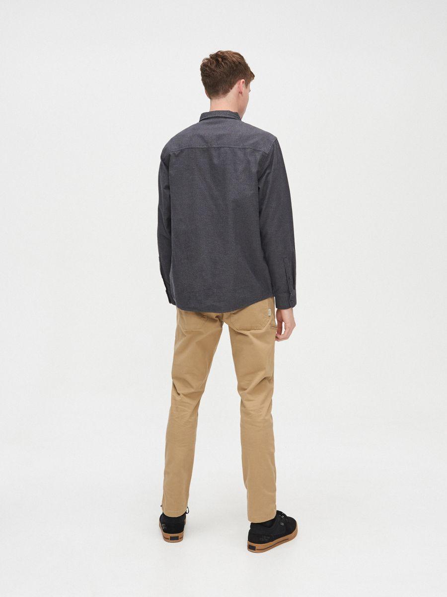 Koszula comfort melanż - SZARY - XX222-90M - Cropp - 4