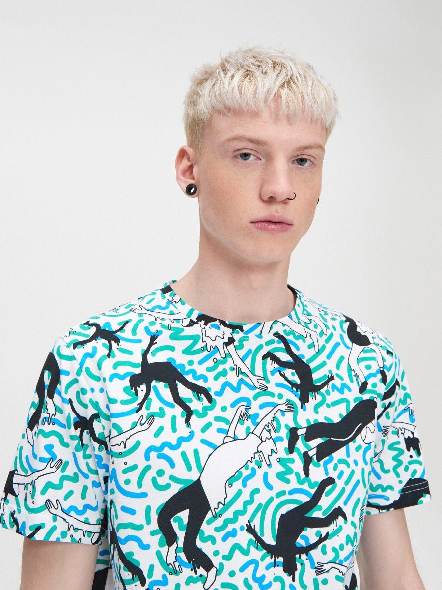 Koszulka z kolorowym nadrukiem - BIAŁY - YA996-00X - Cropp - 2