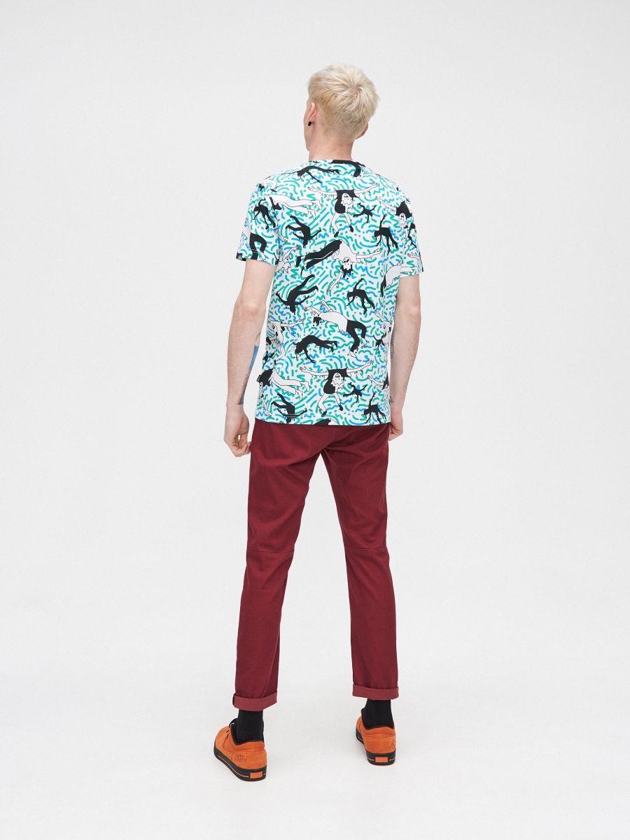 Koszulka z kolorowym nadrukiem - BIAŁY - YA996-00X - Cropp - 4