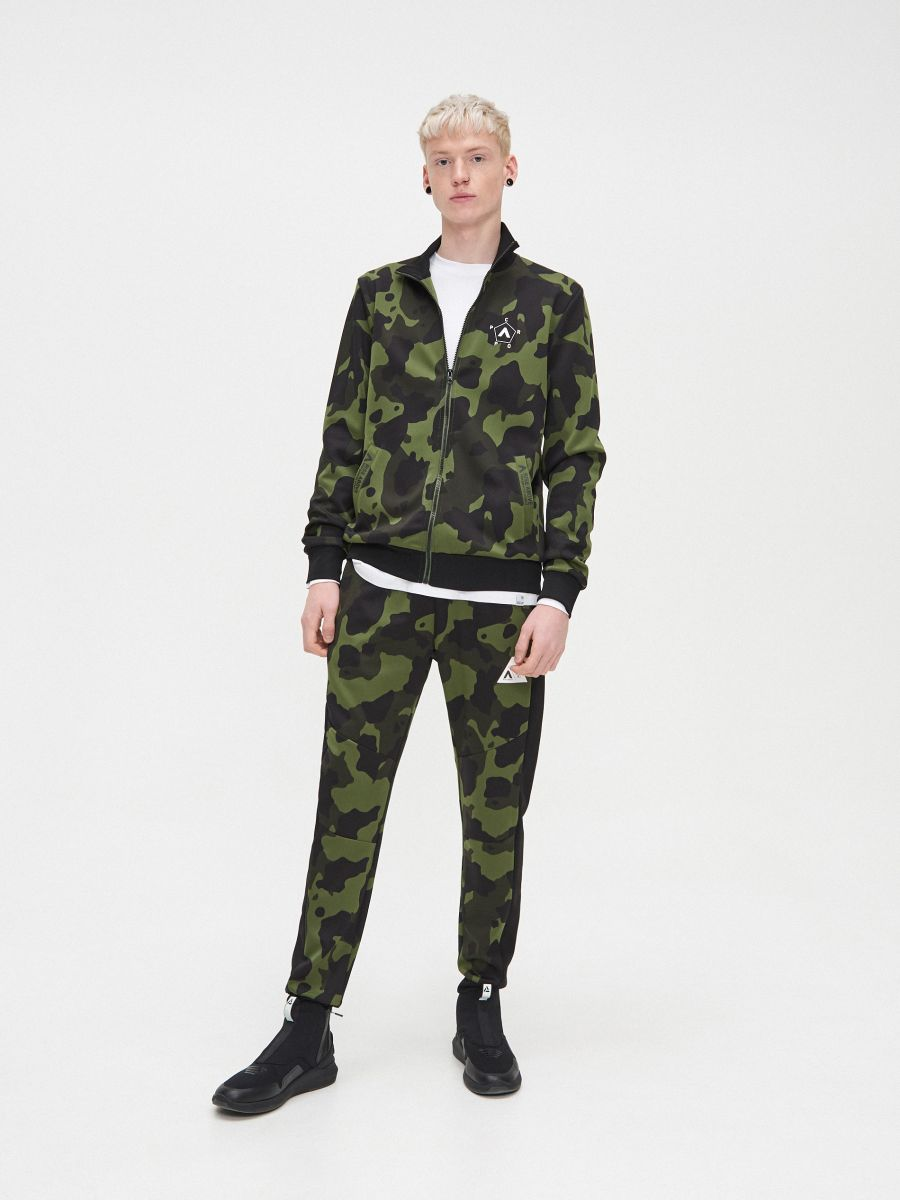 Bluza z wysokim kołnierzem  - KHAKI - YB730-87X - Cropp - 2