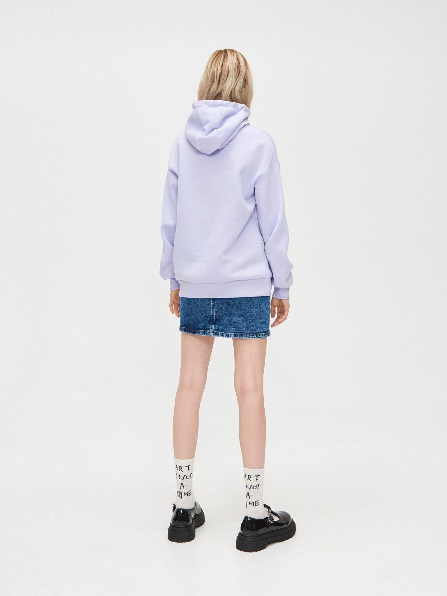 Bluza z napisem - FIOLETOWY - YC567-04X - Cropp - 5
