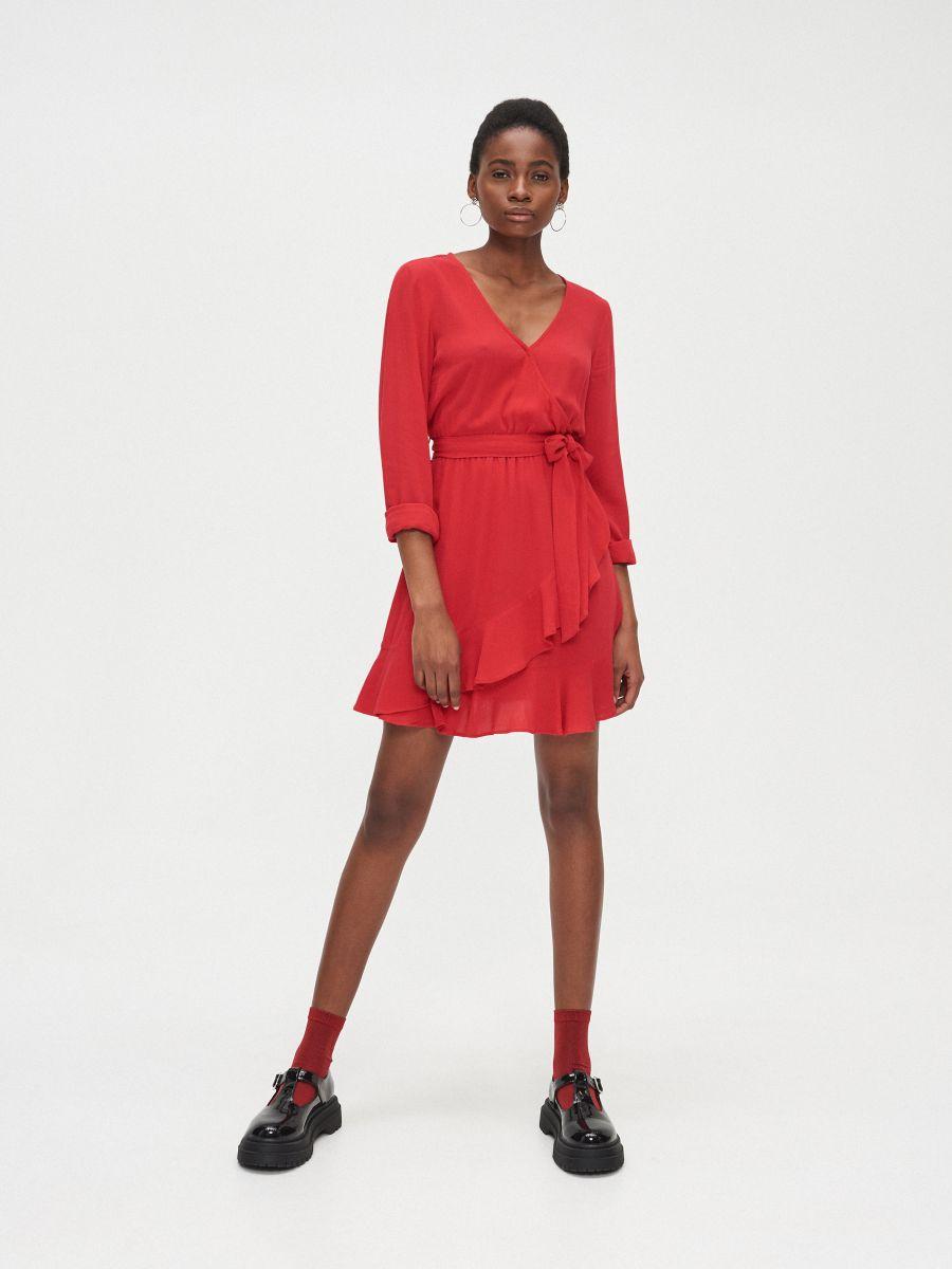 Kopertowa sukienka z wiskozy - CZERWONY - YD418-33X - Cropp - 1