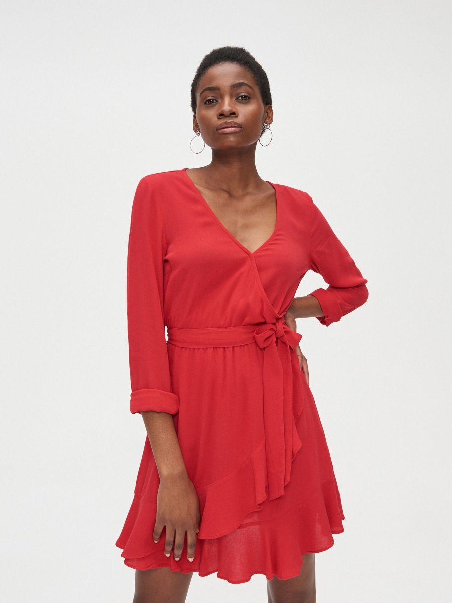 Kopertowa sukienka z wiskozy - CZERWONY - YD418-33X - Cropp - 3