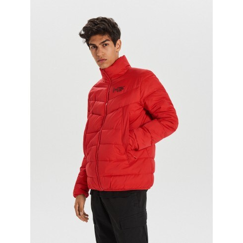 Pikowana kurtka na zimę