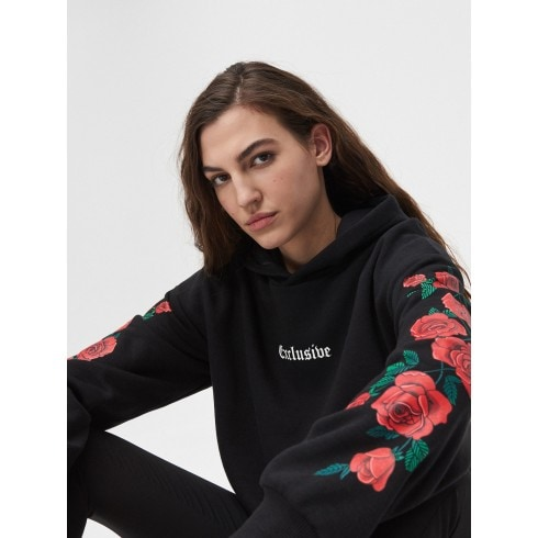 Bluza z nadrukiem róży