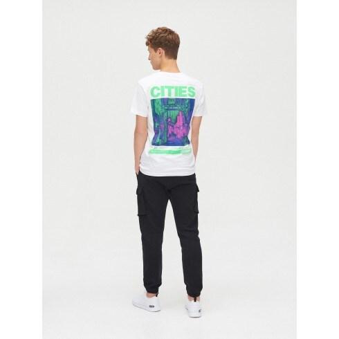 Koszulka z grafiką na plecach