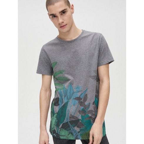 Koszulka z kwiatowym wzorem
