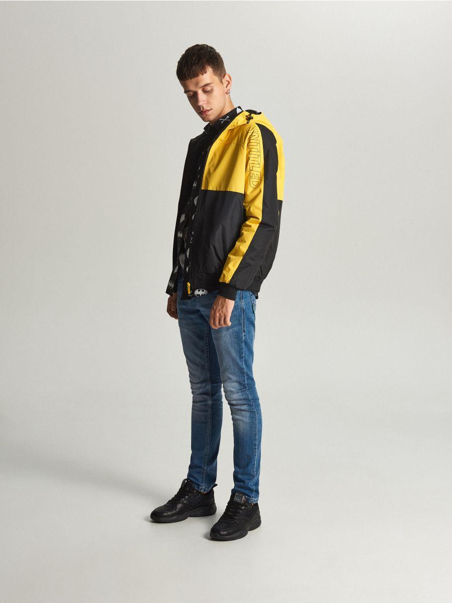 Легкая куртка с капюшоном - желтый - VW259-11X - Cropp - 1