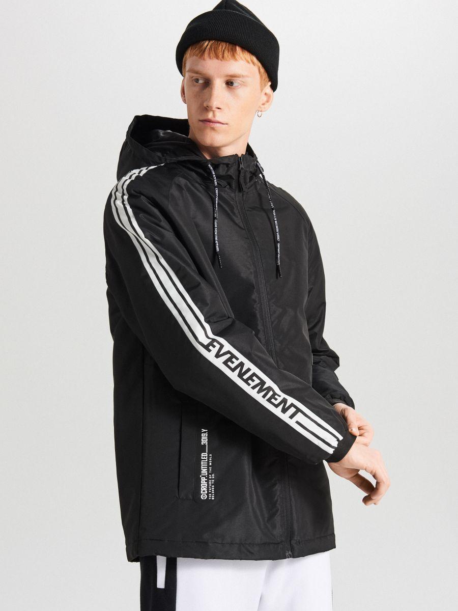 Легкая куртка с капюшоном - черный - VB079-99X - Cropp - 1