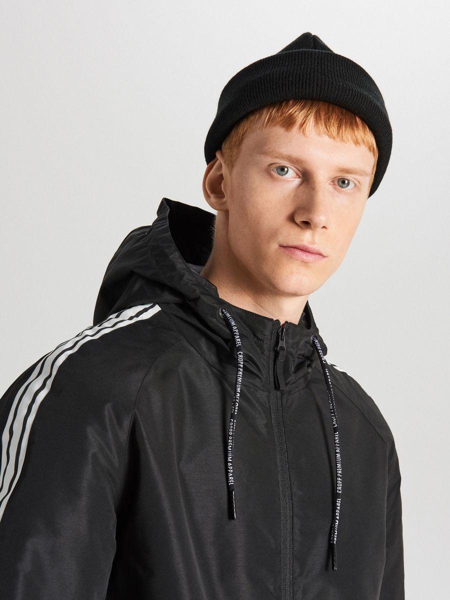 Легкая куртка с капюшоном - черный - VB079-99X - Cropp - 4