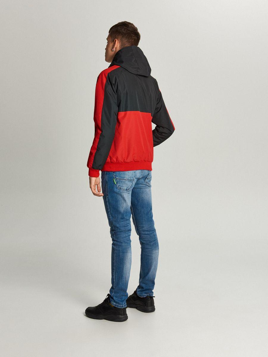 Легкая куртка с капюшоном - красный - VW259-33X - Cropp - 6
