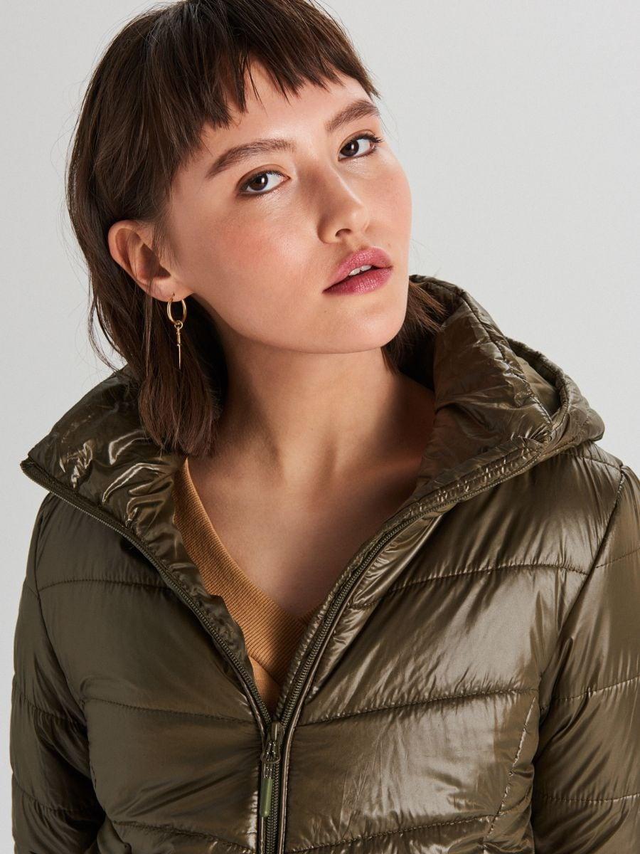 Стеганая куртка с капюшоном - хаки - WB875-78X - Cropp - 2