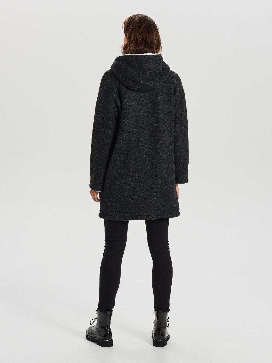 Длинное пальто с капюшоном - серый - WG310-90M - Cropp - 5