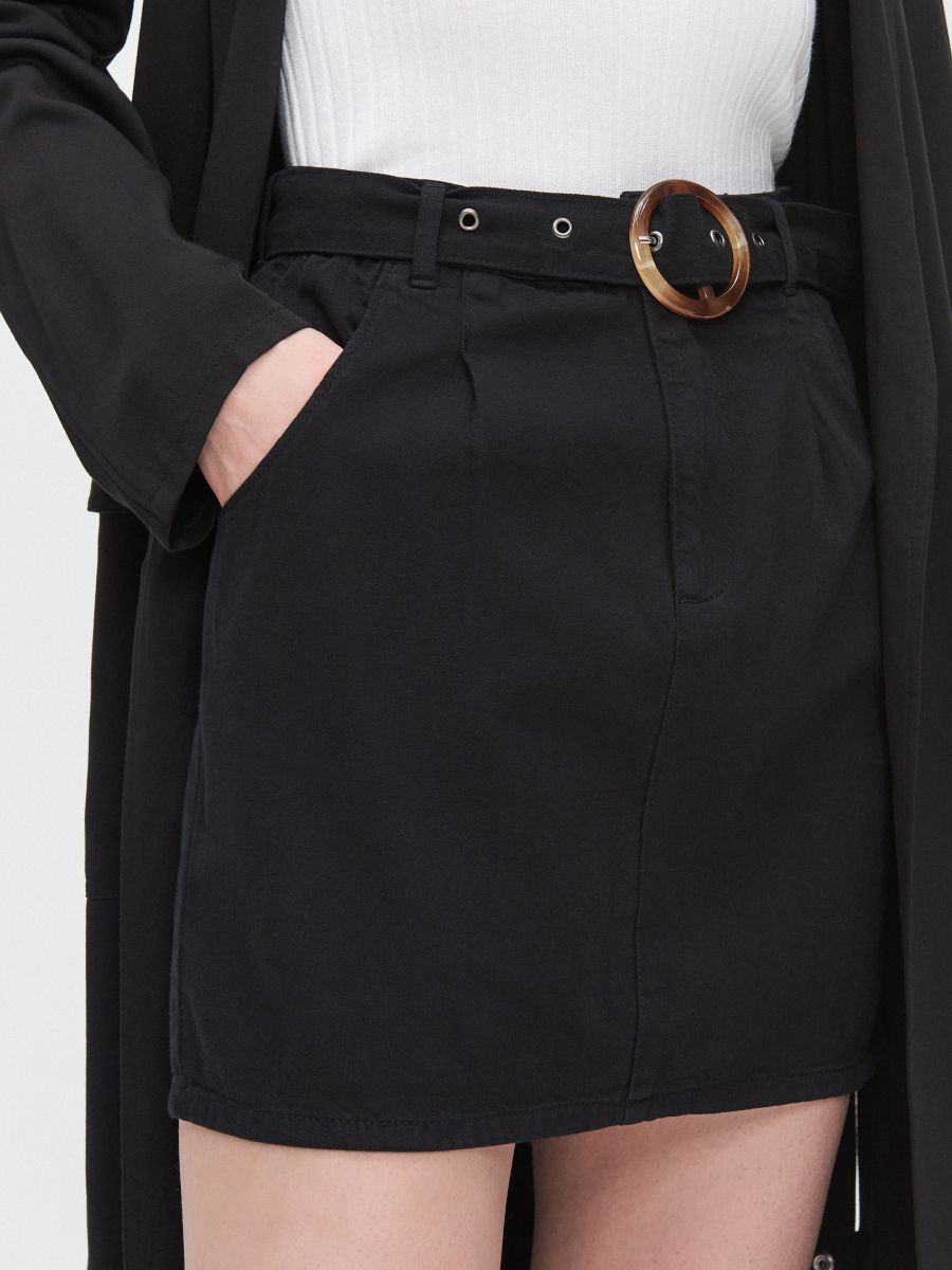 Мини-юбка на ремне - черный - YI657-99X - Cropp - 3