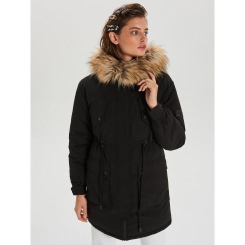 Куртка со съемной опушкой из искусственного меха